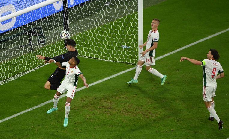 Kai Havertz kopt de eerste goal van Duitsland erin.  Beeld AP