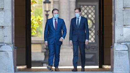 Duo Magnette-De Wever zit rond de tafel met eigen partij, sp.a, CD&V en cdH om opties te bespreken