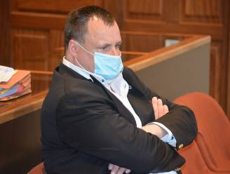 """Meesteroplichter Piet Van Haut (52) vraagt opnieuw vrijspraak in zaak tegen ex-vriendin: """"Hij mocht onbeperkt geld afhalen met haar bankkaart"""""""