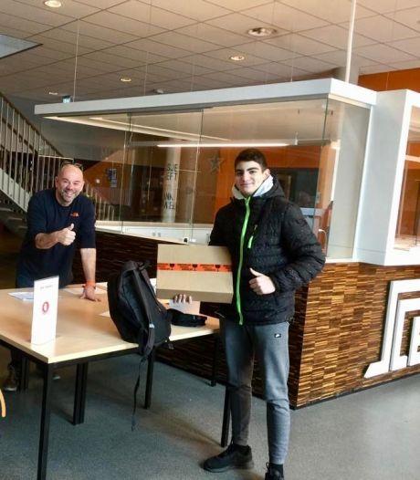 Voor elkaar: Laptops voor leerlingen Stedelijk College Eindhoven