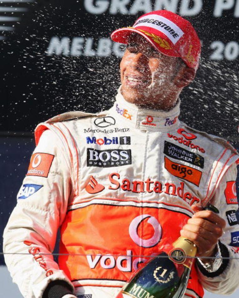 2008: Lewis Hamilton is de snelste in een incidentrijke race. Beeld UNKNOWN
