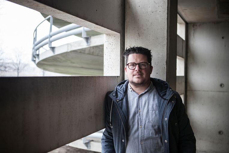 Platformexpert Martijn Arets: 'Platformen zijn marktmeesters. Ze zijn het alziend oog dat bepaalt wie toegang krijgt tot welke informatie.' Beeld Mirjam van der Linden