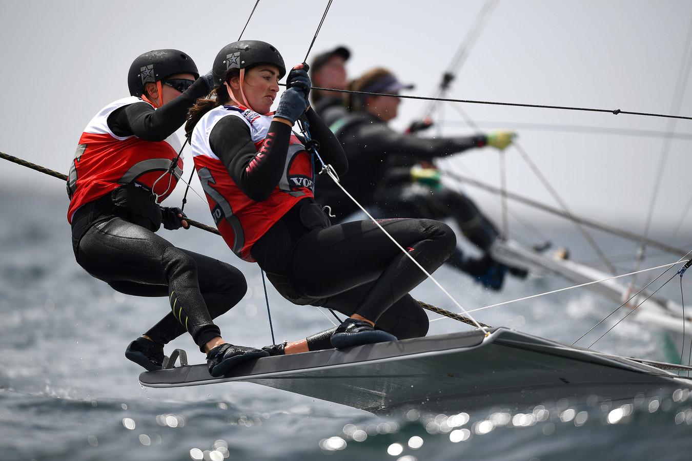 Annemiek Bekkering en Annette Duetz in actie tijdens het EK in Weymouth.