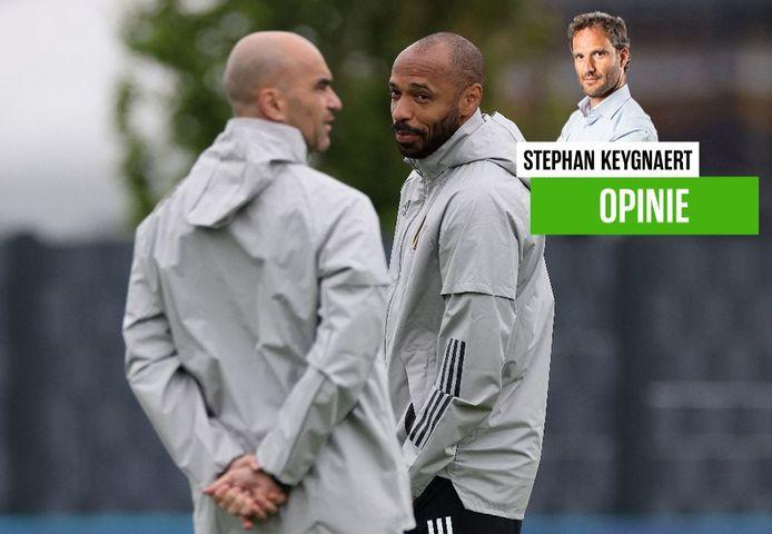 Roberto Martínez deze week op training in Tubeke met zijn assistent Thierry Henry.
