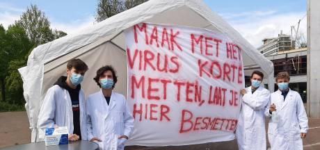 'Laat je hier besmetten': ludieke actie voor sneller vaccineren tegen corona