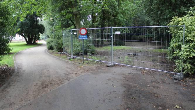 """Parking in begin Heldenpark verdwenen: """"Extra plaats voor groen en natuur"""""""