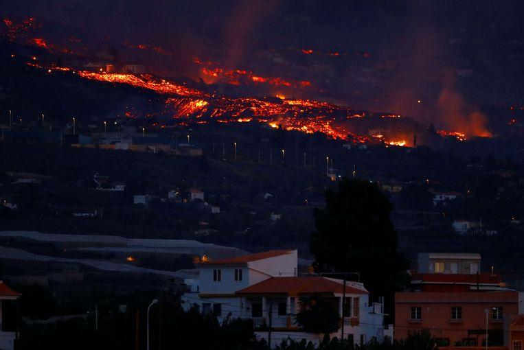Uitzicht vanaf het dorpje Tazacorte op het eiland La Palma.  Beeld REUTERS
