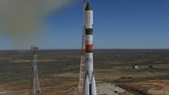 Op drift geraakte ruimtecargo brandt op in atmosfeer