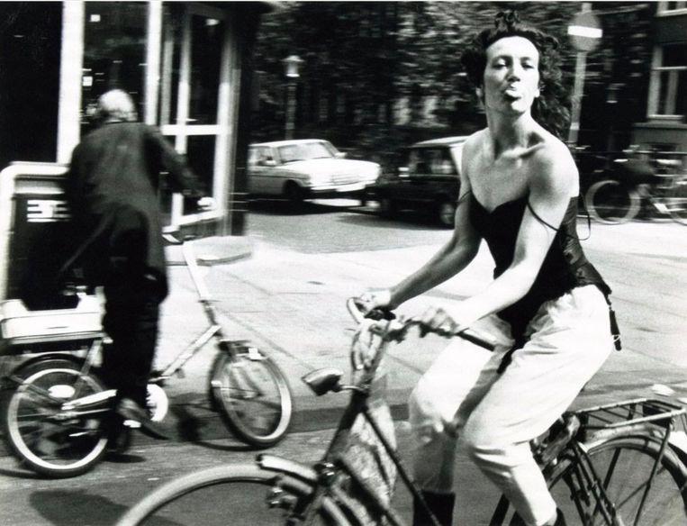 Ed van der Elsken, Amsterdam Oude Hoogstraat (1983), Annet Gelink Gallery. Beeld Ed van der Elsken
