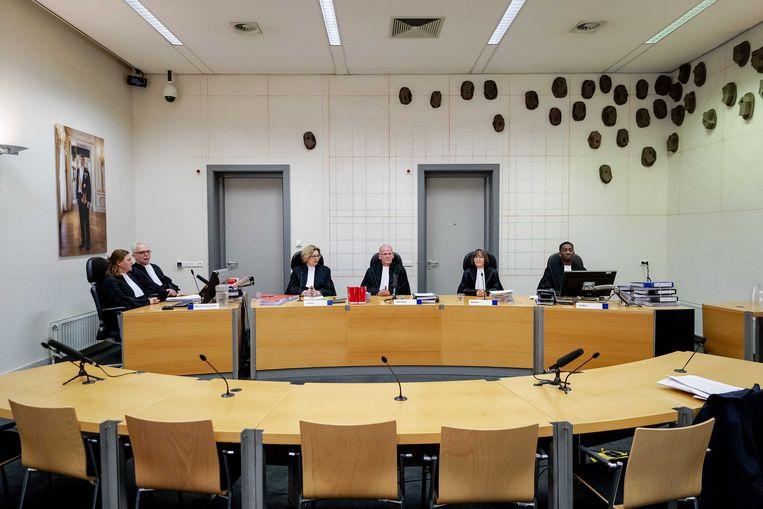 De rechtbank voor aanvang van de pro-formazitting in de strafzaak tegen hoofdverdachte Gerrit Jan van D. en de Oostenrijkse huurder en klusjesman Josef B. in de zaak Ruinerwold. Beeld ANP