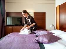 Tientallen hotelschoonmakers in Rotterdam verliezen hun baan door coronacrisis
