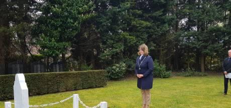 Sobere 4 mei herdenkingen in Baarle-Nassau en Zundert