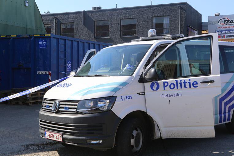 De politie opende een onderzoek naar de overvallers