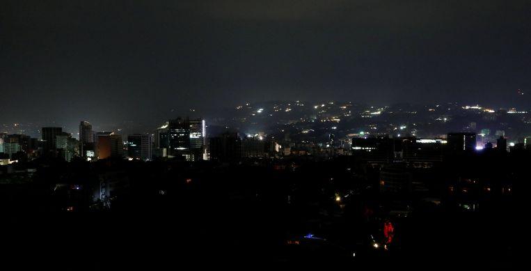 Caracas tijdens de stroompanne. Beeld REUTERS