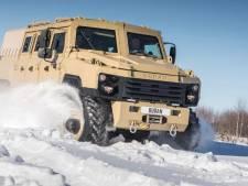Voor deze gepantserde Russische mega-SUV is een autorijbewijs niet genoeg