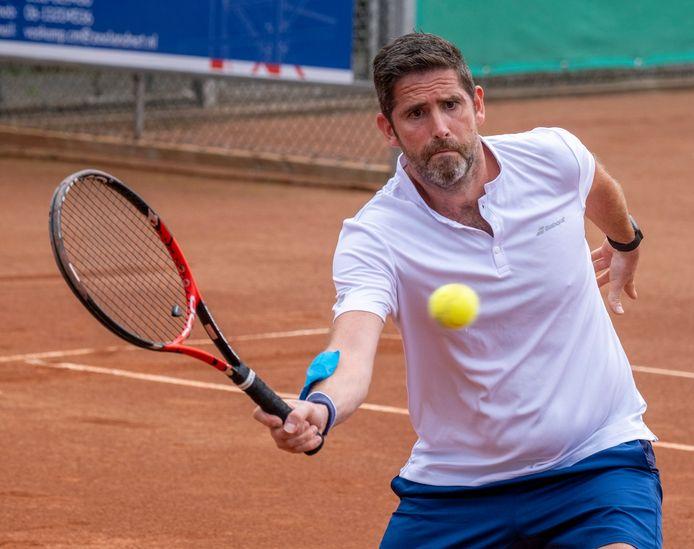 Marc Felius uit Vlissingen mag zich vice-wereldkampioen in de categorie mannendubbel 40+ noemen.