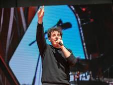 Nielson komt na emotioneel jaar met nieuwe muziek onder eigen naam: 'Voelt logischer om het zo te doen'
