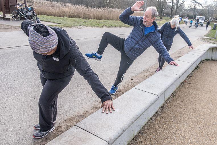 Lekker sporten, ook – of juist – in coronatijd! Ruim 66 procent van de Nederlandse bevolking geeft zijn leven een 7 tot een 10. Beeld Joris van Gennip