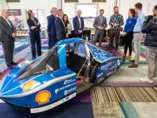 Minister Wiebes onder indruk van 'waterstofstad' Arnhem