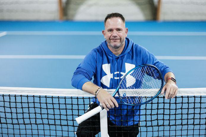 Hans-Jurgen Striek is in Tokio met zijn pupil Niels Vink die uitkomt in de quad-categorie bij het rolstoeltennis.
