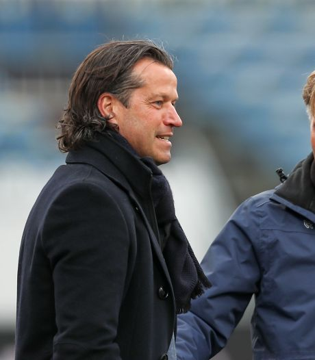 Totaal ontregeld Jong PSV pakt aan de hand van Ernest Faber knap een punt bij Telstar