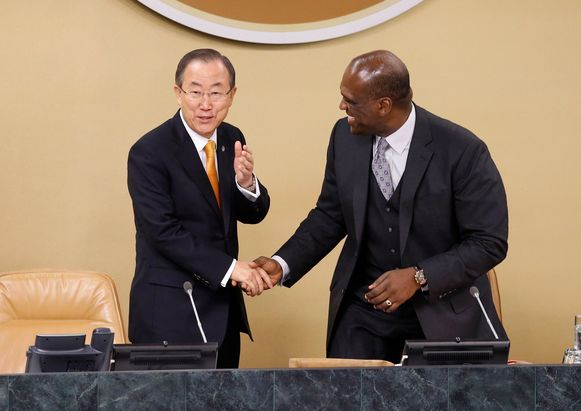 Secretaris-generaal Ban Ki-moon en John Ashe.