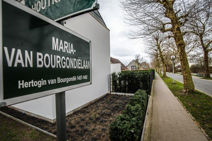 Er zijn al wat naamborden die verwijzen naar vrouwen in Brugge.