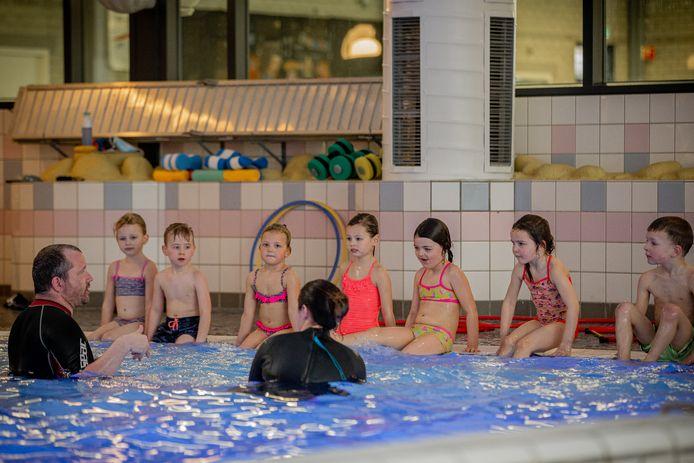 Hoe ziet de toekomst van zwembad De Meerval eruit? Er wordt hard gewerkt om een antwoord op die vraag te krijgen.
