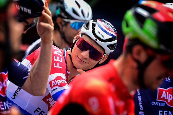 Mathieu van der Poel aan de start in Lachen.