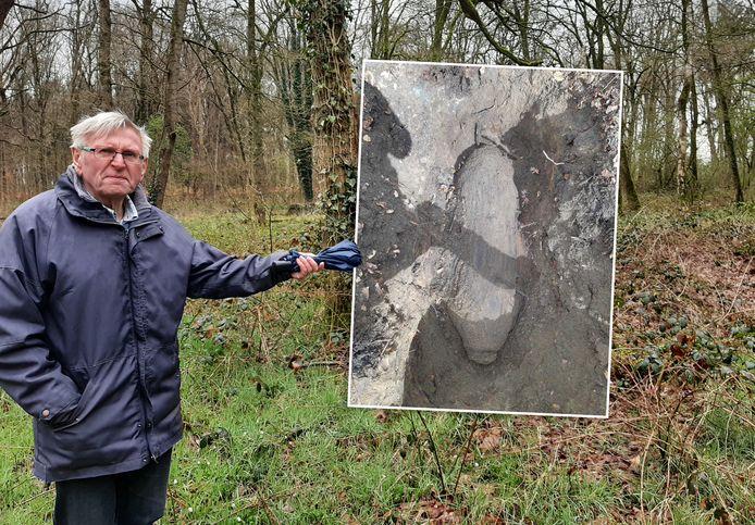 Hoe belandde deze bom in een bos bij Epse? Henk Hietbrink van de Historische Vereniging De Elf Marken denk het te weten.