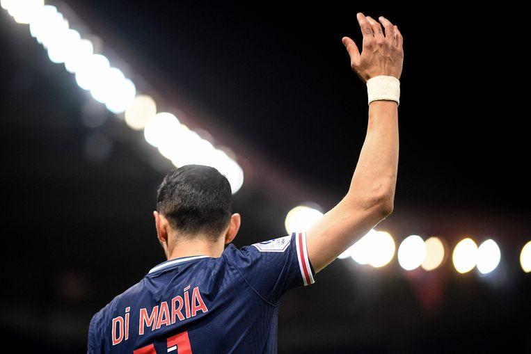Angèl Di Maria, hier op zondagavond in actie voor Paris Saint-Germain, dan nog onwetend van de inbraak in zijn huis.  Beeld AFP