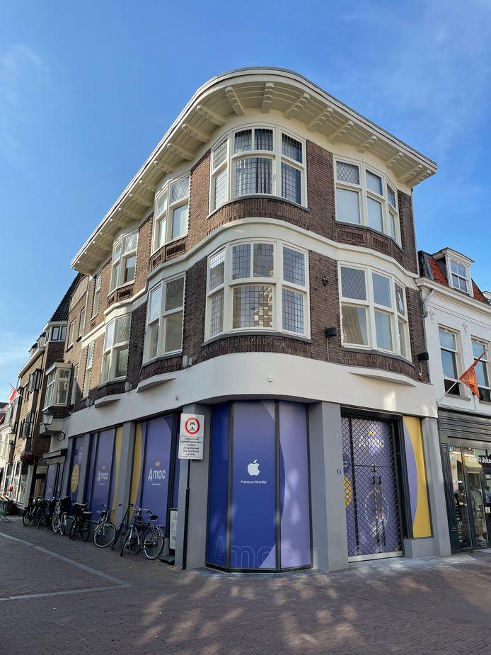 Het nieuwe hoekpand van Amac aan de Langestraat dat dinsdag wordt geopend.