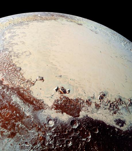 Ex-planeet Pluto mogelijk weer opgenomen in de familie