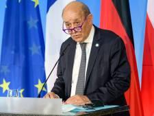 """Sous-marins: Paris évoque une """"crise grave"""" et torpille Washington"""