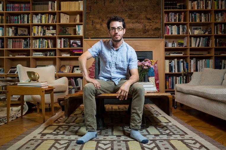 A► Jonathan Safran Foer: 'Je zou kunnen zeggen dat mijn nieuw boek deels is geschreven met de brokstukken van mijn vroegere leven'. Beeld Natan Dvir / Polaris Images