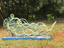 In Ermelo worden oude fietsen beschilderd die symbool staan voor de in beslag genomen fietsen door de Duitsers in de Tweede Wereldoorlog.