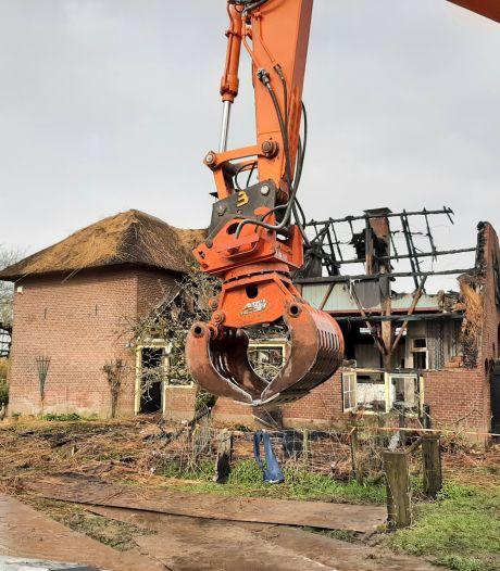 Een sieraad van een boerderij is in vlammen opgegaan