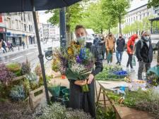 'Inge uit Holland' een hit in Gent: met plezier drie kwartier wachten op bloemen