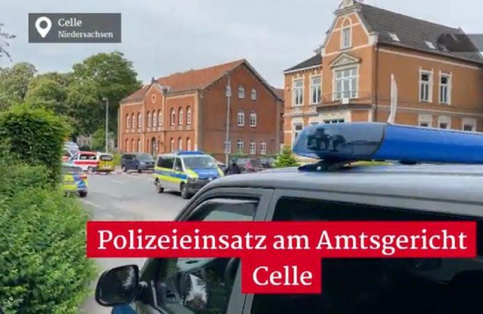 Leden van de parketpolitie en andere medewerkers van de rechtbank in Celle maakten het drama van dichtbij mee.