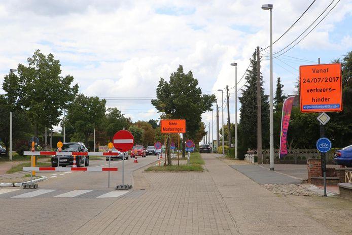 Door werken aan de Diestsesteenweg is het tijdelijk onmogelijk om de baan te gebruiken richting Aarschot.