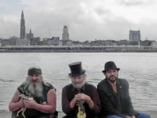 K2 zoekt K3: Antwerpse cultband Katastroof zoekt nieuw bandlid na afscheid Stef Bef