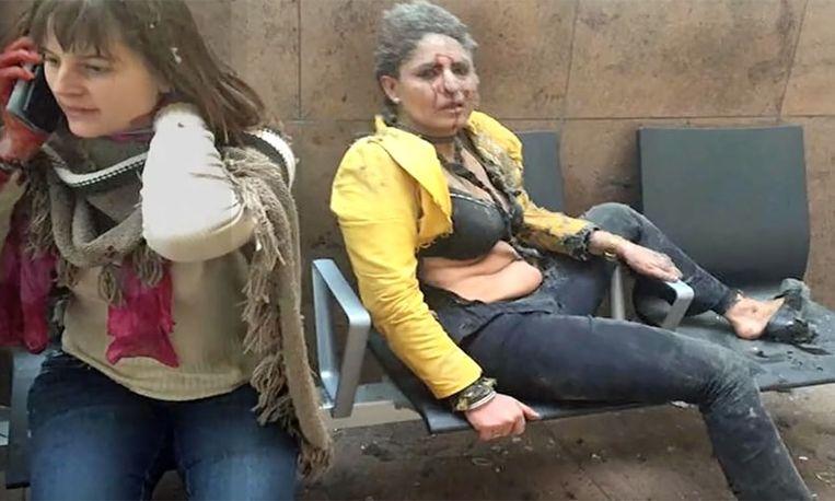 Stewardess die symbool werd van aanslagen eindelijk terug bij haar kinderen