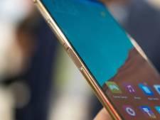 Deze goedkope nieuwe smartphone heeft een geheim tweede scherm