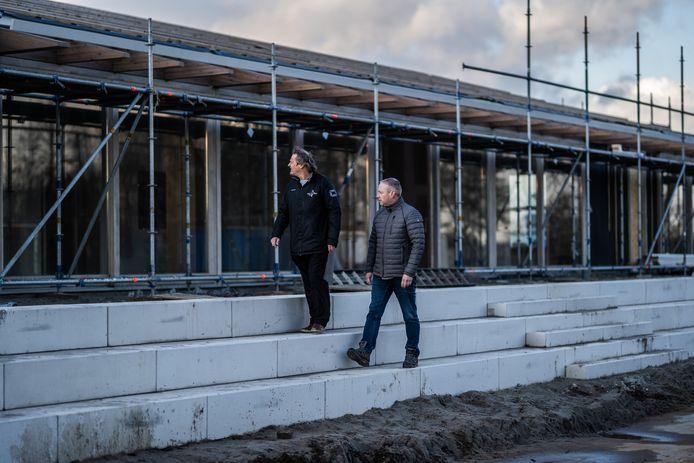MFA De Haar in Randwijk, toen er begin februari nog volop gebouwd werd. Het complex is opgeleverd en zo goed als klaar.