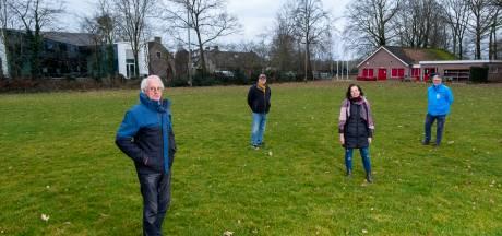 Buurt redt het groene karakter van oude korfbalterrein in Wezep: appartementen zodat er ruimte over blijft voor een park