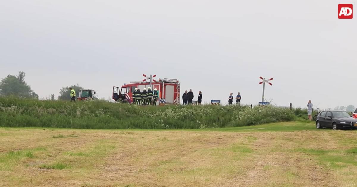 Twee doden door treinongeval op overweg in het Friese Boazum.