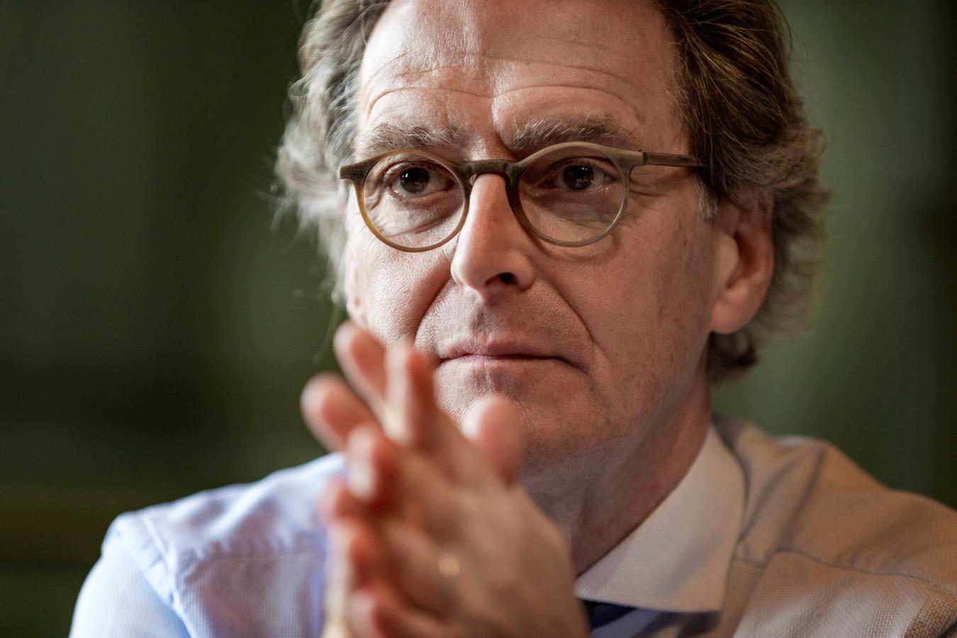 Ton Rombouts, oud-burgemeester van Den Bosch, Boxtel en Wouw: 'Veenbrand.'