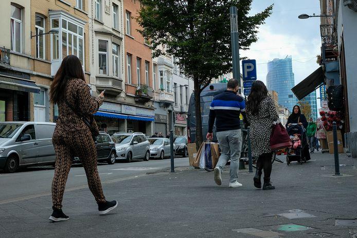 De overleden man werd voor zijn overlijden opgemerkt in de Brabantstraat.
