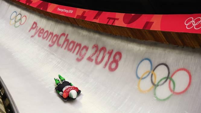 Roetsj mee naar beneden door Snow Dragon, de gloednieuwe olympische rodelbaan