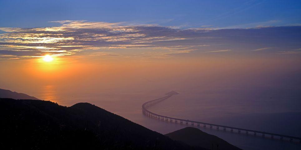 fotoreeks over Langste brug ter wereld gaat (eindelijk) open